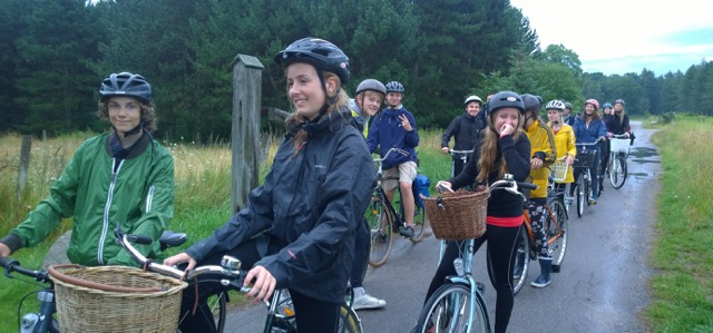 cykeltur i skoven